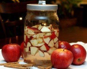 Яблочная настойка: способы приготовления, полезные свойства и противопоказания